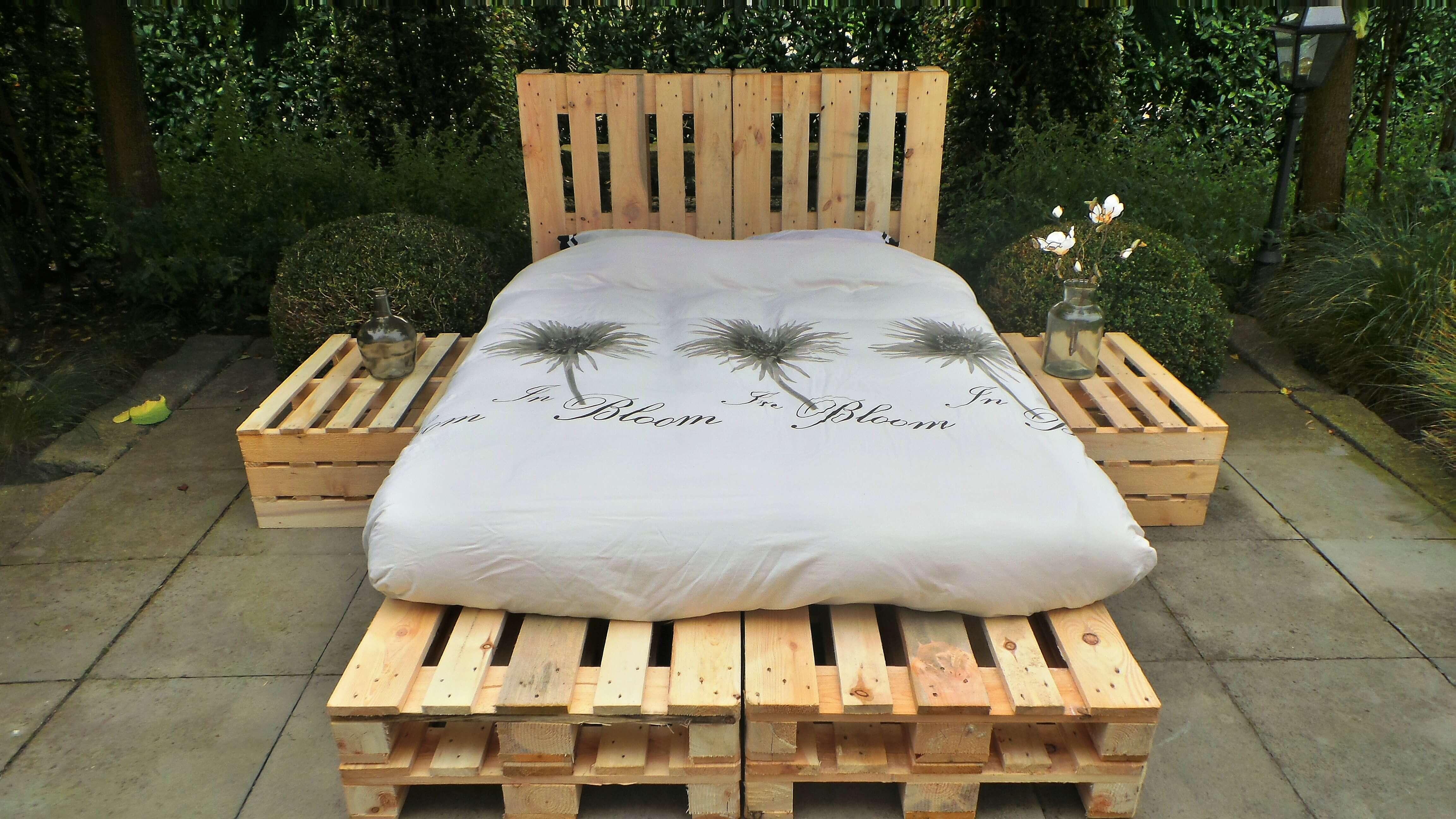 Tweepersoons Bank Bed.Op Zoek Naar Een Tweepersoons Pallet Bed Kijk Snel Op Palletdeal Nl
